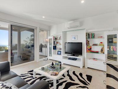 Photo for Bay Vista Mt Martha, stunning 1 bedroom abode with bay views