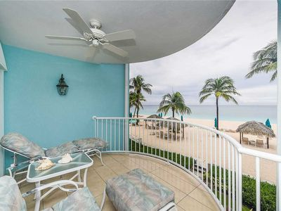 Photo for Ocean views in the Grand Cayman| Beachfront Condo #31