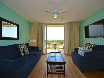 Photo for Comfy dog-friendly condo w/ balcony, shared pool & hot tub, tennis, & parking
