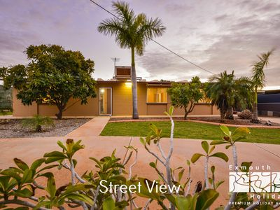 Photo for 13 Grenadier Street - Large outdoor entertaining area