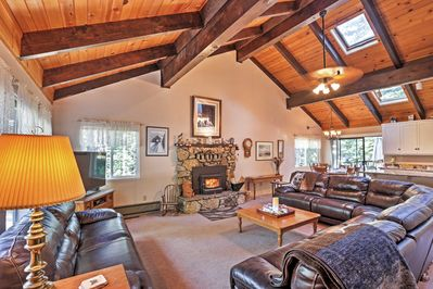 Let this charming house serve as the perfect base for your Tahoe adventures!