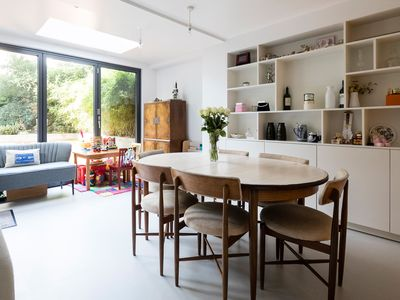 Photo for Sleek 2 bedroom apartment in Maida Vale, with garden and BBQ (Veeve)