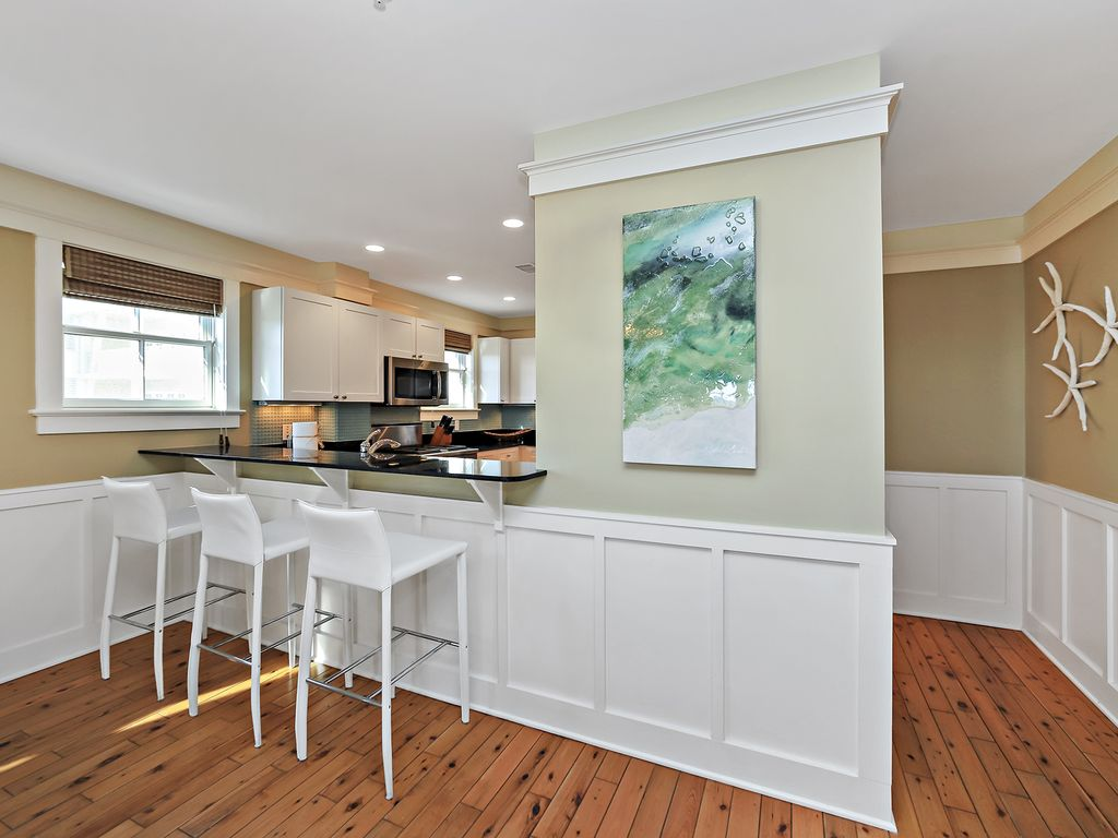 Gulf Front Unit in the heart of Watercolor! Watercolor Beachside ...