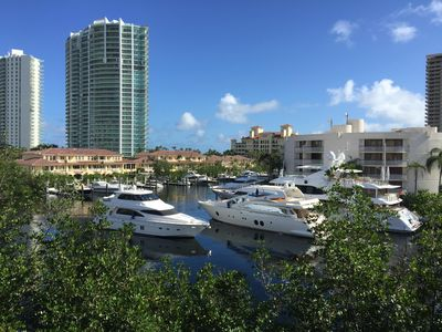 Photo for Dream view over the Bay Marina in Aventura Yacht Club