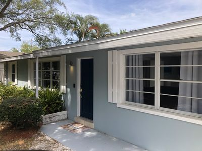 Private 3BD/2BA Completely Renovated Home 8 Minutes To Siesta Key Beach!