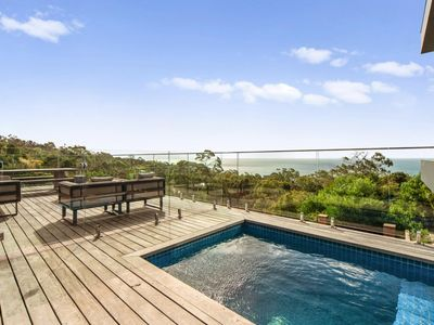 Photo for Spectacular 2 level apartment overlooking Port Phillip Bay