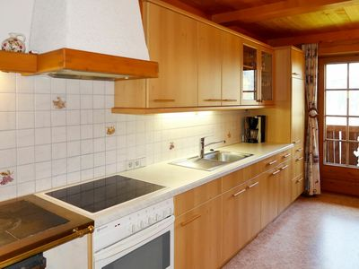 Photo for Lovely apartment for 6 people with WIFI, balcony, pets allowed and parking