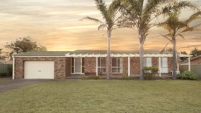 Photo for 54 Maloneys Drive, Maloneys Beach