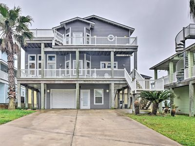Photo for Port Aransas Home w/Pool - Walk to Sandpoint Beach