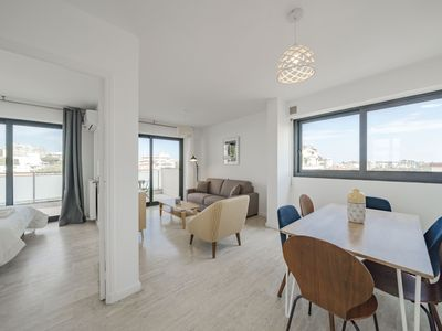 Photo for Wonderful 2 bedrooms ideally located close to the Croisette