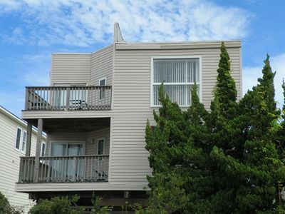 Photo for SEMI-OCEANFRONT- 3 Bedroom, 3 Baths, Close to the Beach and Dog Friendly!