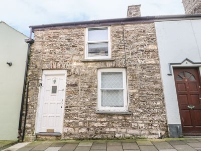 Photo for Town Centre Cottage, ABERYSTWYTH