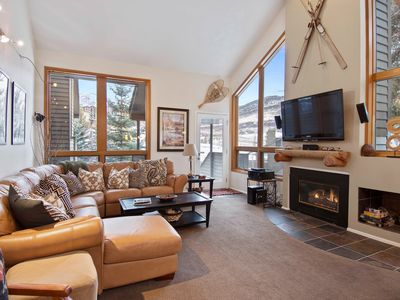 Photo for 3 Bdrm/4 Ba **Private Hot Tub** Walk to Ski Lifts - Sleeps 10 in 6 separate beds