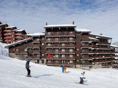 Photo for MERIBEL-MOTTARET Ski-to-door apartment 1800m south-facing balcony mountain view