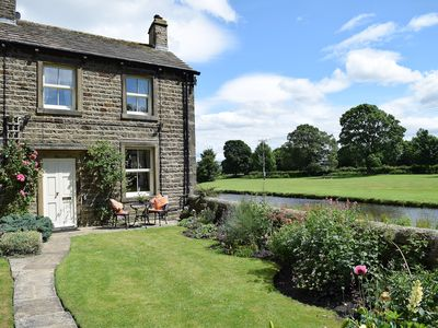 Photo for 1 bedroom accommodation in Gargrave, near Skipton