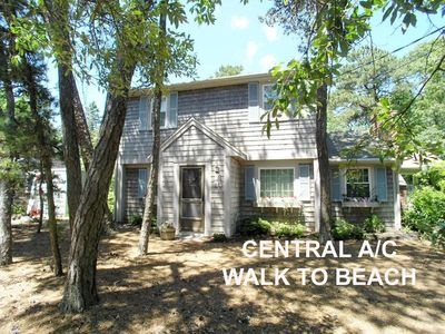 Photo for Beautiful 4 Bedroom, 2.5 bath Home with Central AC. Walk to beach, Large Yard