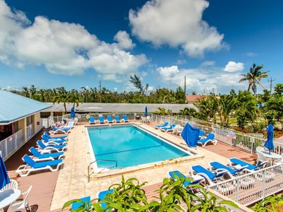 Photo for Salty Dog 3 bed 2.5 bath Condo at The Reef with shared pool