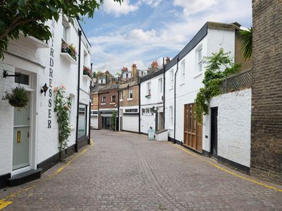 Photo for Kensington London Loveley Quaint Mews Home 2 Beds Sleeps 4 - GREAT PLACE TO STAY