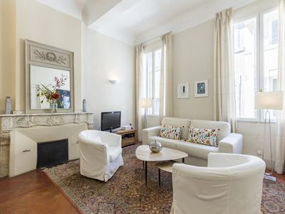 Photo for Beautiful apartment near Cours Mirabeau and museums (Mirabeau)