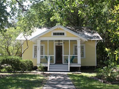 Photo for Refresh your Soul at the Moon Pie Cottage! Historic Downtown, Walk Everywhere!