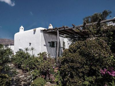 Photo for Authentic Cycladic Villa near the beach