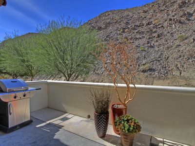 Photo for Highly Upgraded Townhouse Near the Front with Mountain Views LQ174