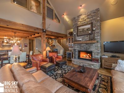 Photo for Moonlight Mountain Home Rental with ski access.