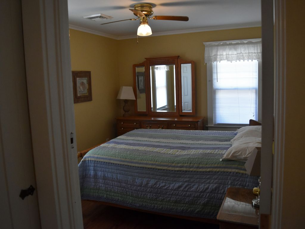 Seaside 5 Bedroom House Sleeps18 W Beach Badges Parking Walk To Beach Seaside Heights