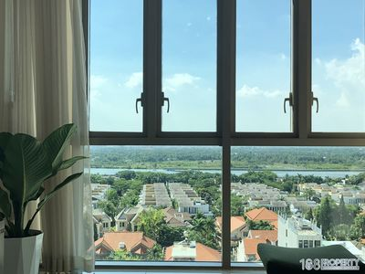 Photo for Warmly flat 100m2 Direct River View in The Vista An Phu