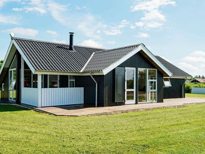 Photo for Premium Home in Hemmet with Whirlpool