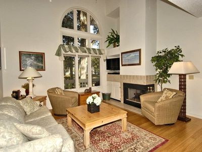 Photo for 3 bedroom and 3.5-bath, townhouse in the Huntington complex of Palmetto Dunes Resort.