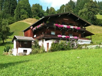 Photo for Detached chalet with lots of privacy, near Austria's biggest skiing area.