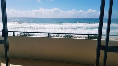Photo for The Sands 2BRM Beachfront Apartment