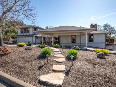 Photo for Large Custom 6 Bedroom Home/Wine Country