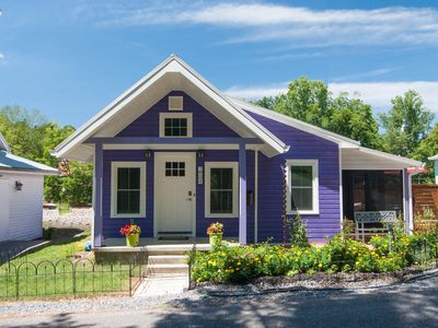 Photo for The Eggplant Cottage  in Jonesborough, Tennessee