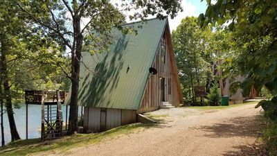 Photo for Bluegill Bungalow - Lakefront in Hardy, AR