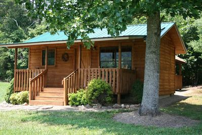 Beautiful Affordable Cabin Near Pigeon Forge For Couples Sevierville