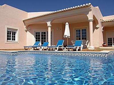Photo for Private villa with pool, one single floor, wifi, rental license