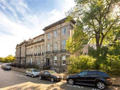 Photo for Doune Terrace Apartment: Edinburgh New Town Prime Location
