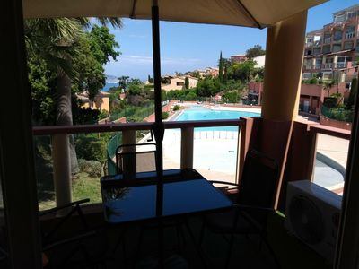 Photo for Apartment sea view, pool, air conditioning, wifi, parking