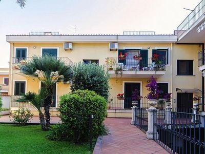 Photo for Apartments Acquamarina, Acireale  in Um Taormina - 6 persons, 3 bedrooms