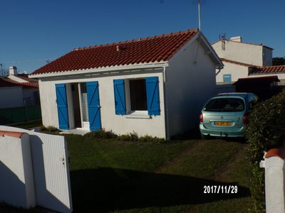 Photo for Ile de Noirmoutier Independent sea house 4 people with bikes