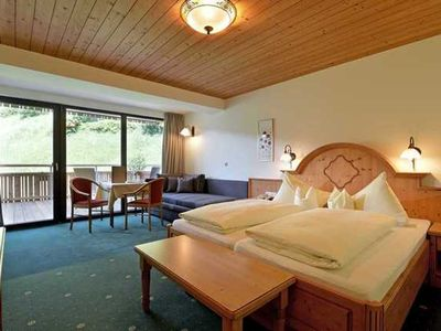Photo for Comfort Room for 2-3 persons 28m² - Gästehaus Rottenspacher ***