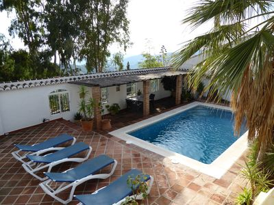 Photo for Superb villa in traditionel style with pool close to the pretty Competa village.