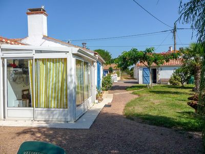 Photo for House in Jard-sur-Mer with Parking, Terrace, Garden (923473)
