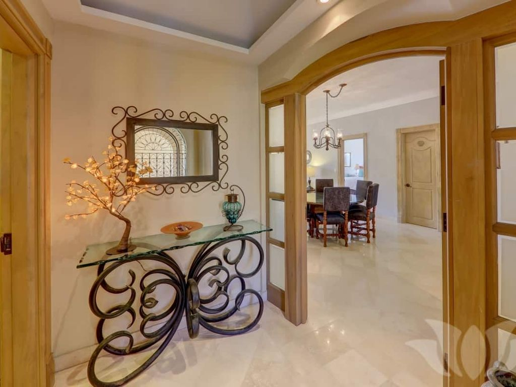 Why Is It Called A Master Bedroom Luxury Condo In Cabo San Lucas Mexico Frejus Cote D Azur