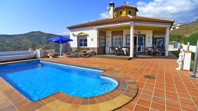Photo for Holiday Villa with private pool, free wifi, A/C & great views