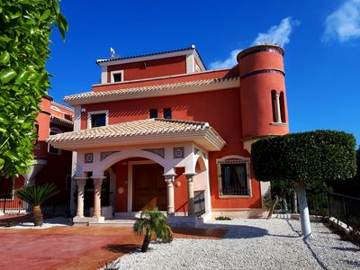 Photo for Luxurious apartment right in the golf course with a view of the countryside. Ideal for golfers