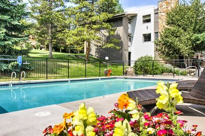 Enjoy exclusive access to the community pool and hot tub!