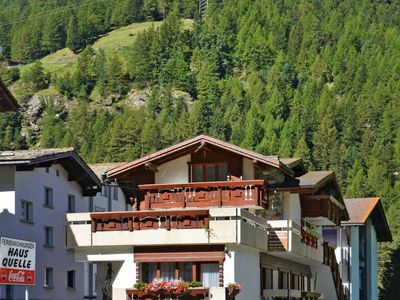 Photo for Apartment Haus Quelle (SGD133) in Saas-Grund - 4 persons, 1 bedrooms